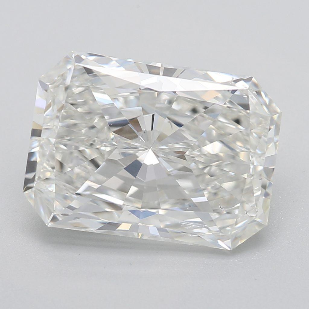 Radiant cut diamond F SI2 3.00 RECTENGULAR