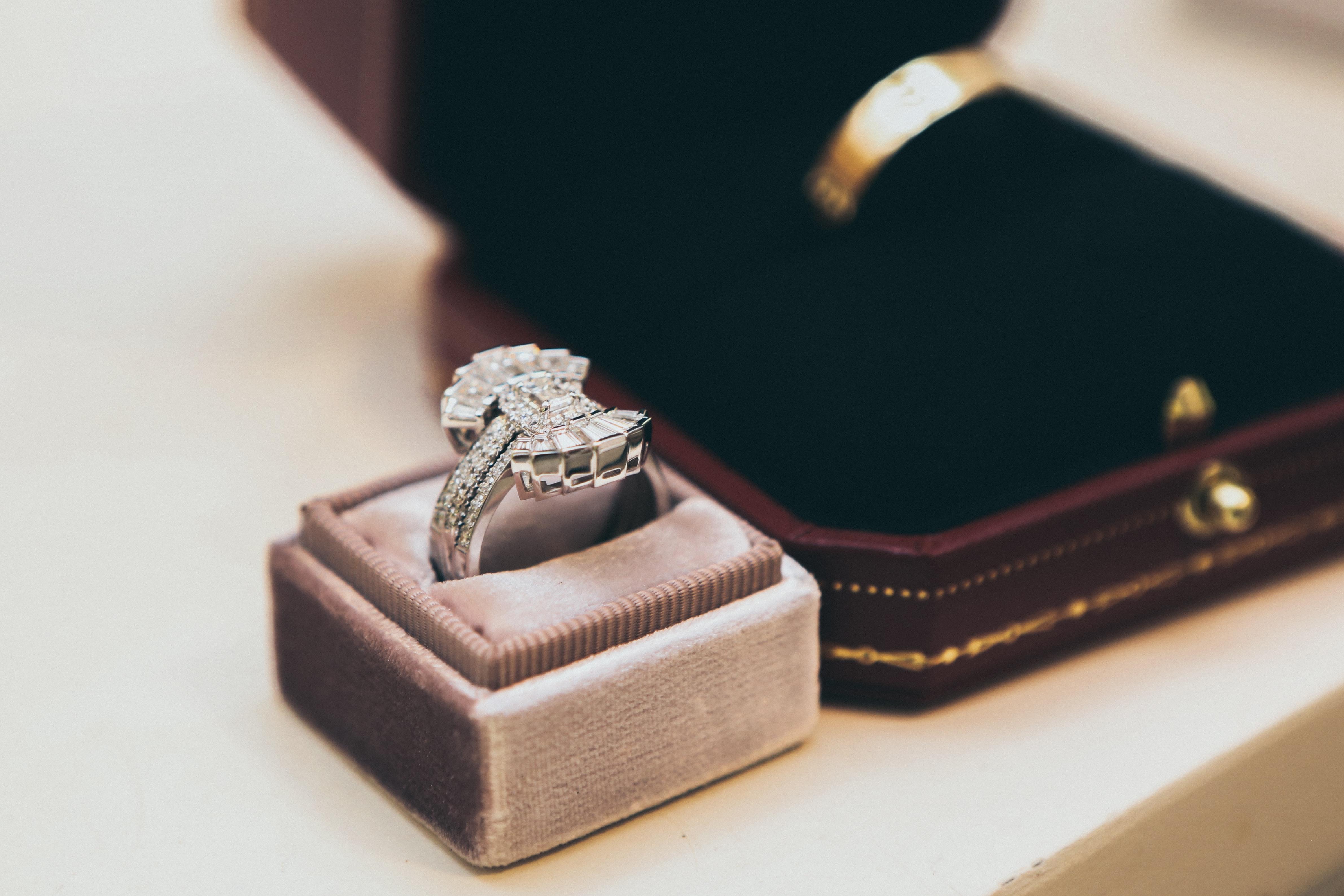 antique diamond ring - Vintage Engagement Rings