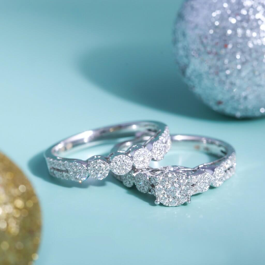 round diamond engagement ring and wedding ring - The Cluster Setting