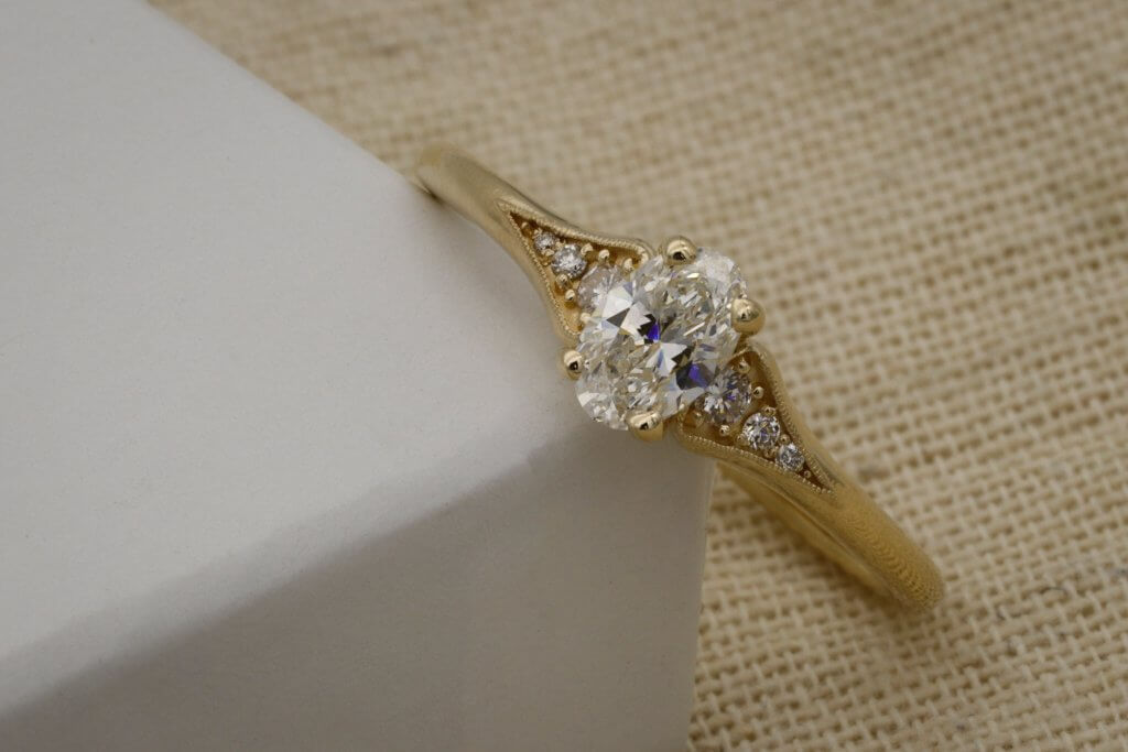 OVAL SIDE STONES YELLOW GOLD ENGAGEMENT RING - Flawless Diamonds – Your Questions Answered