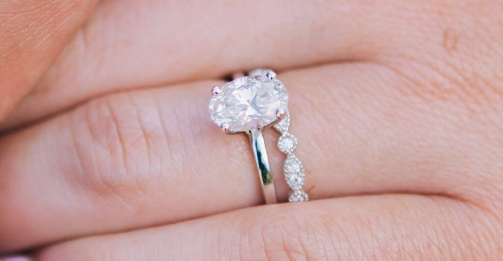 oval diamond solitaire engagement ring - Everything You Need to Know About G Color Diamonds