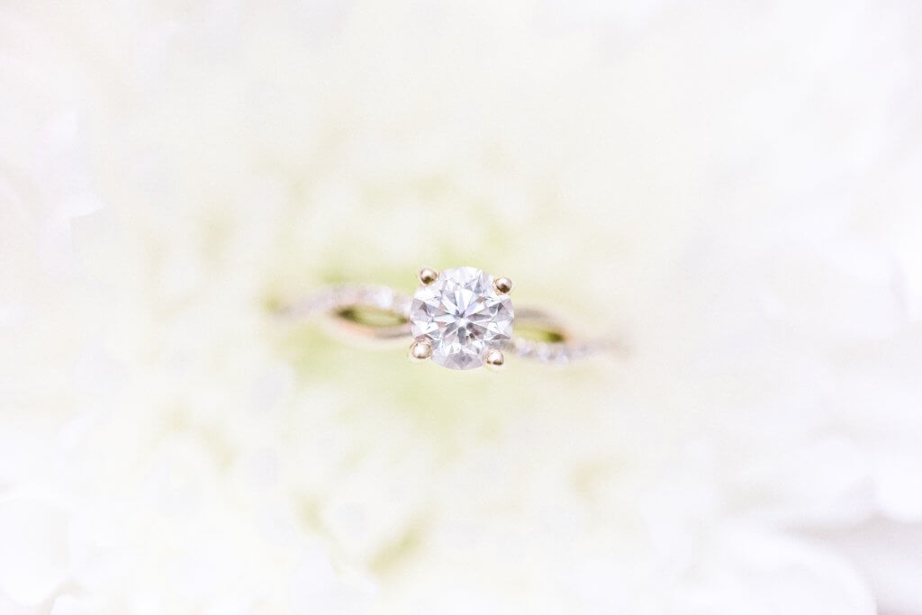 roundcut diamond si2 in split shank engagement ring - SI2 Diamond Clarity